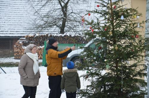 Zdobení a rozsvicení vánočního stromečku 1.12.2018